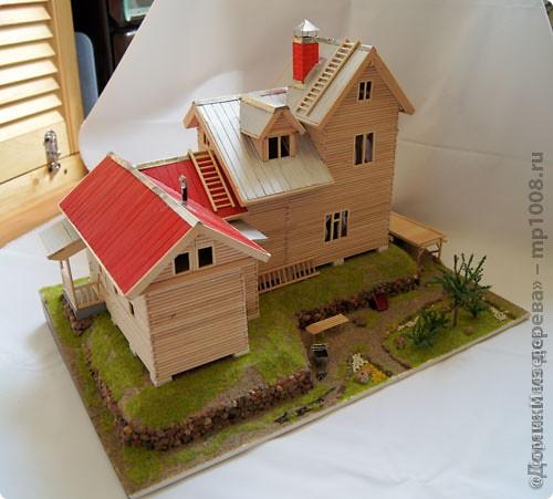 Макет дачного дома с кусочком прилегающей территории. Уже готов первый этаж, баня с верандой. фото 4
