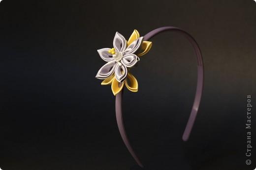 я сделала этот цветок на 3-й день после моего первого знакомства с канзаши )  фото 11