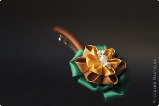 я сделала этот цветок на 3-й день после моего первого знакомства с канзаши )  фото 18