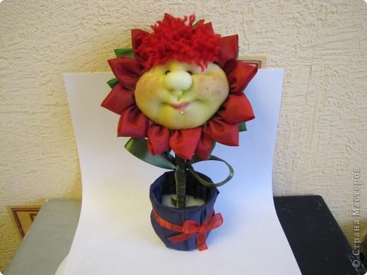 Вот такой цветочек будем делать...... фото 1
