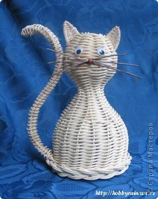 Поделка изделие Плетение Не все кошки белы   Бумага газетная фото 2