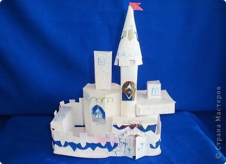 Как сделать поделки из бумаги замок