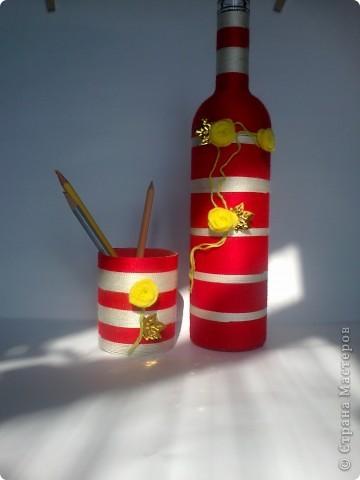 Такой вот наборчик. Бутылка и стаканчик обмотаны нитками. фото 5