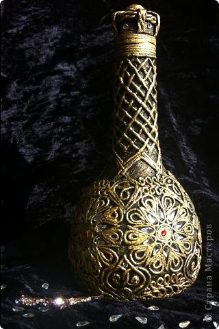 Декор предметов Аппликация из скрученных жгутиков Царская бутылочка пейп-арт Бутылки стеклянные Салфетки фото 3