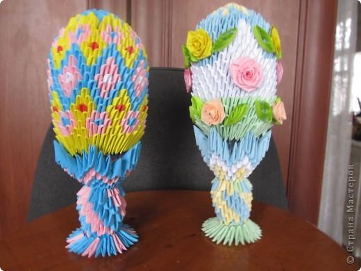 Первое яйцо (слева) сделано по
