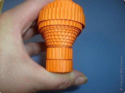 Нам понадобиться ( в скобках-количество полос для джентльмена) Оранжевых полос 43 (48) шт.+1 полоска на проклейку стыков Желтых-4(6) Сливовых (шляпка) -7 (9) полосок термопистолет, глазки, ленточка хорошее настроение Приступим? фото 30