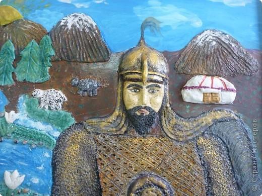 Мои ученицы слепили картину казахского батыра из соленого теста. фото 12