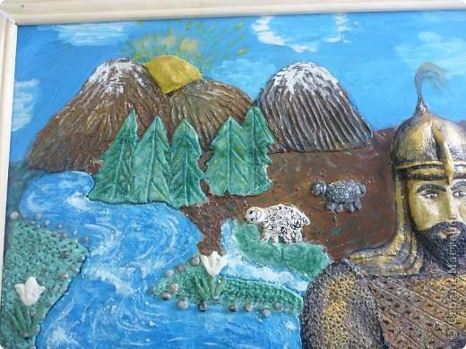 Мои ученицы слепили картину казахского батыра из соленого теста. фото 11