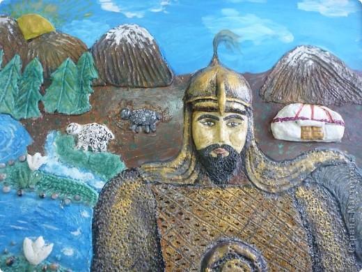 Мои ученицы слепили картину казахского батыра из соленого теста. фото 6
