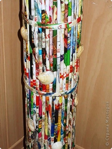 Из всего что мне приходилось делать, из газетных трубочек, подобные вазы самые легкие. Почему подобные, расскажу в конце МК. фото 25