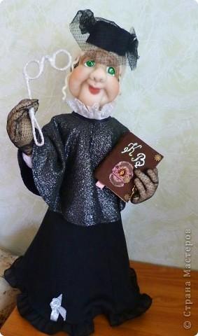 Кукла бабуля с руками