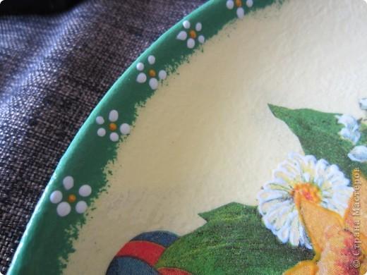 Сувенирная тарелочка, которую подарила оч хорошей и доброй девушке Маргарите. Маргарита держала Великий пост. Оч сдружились с ней и хотелось как-то порадовать ее в этот прекрасный и светлый день.  фото 3
