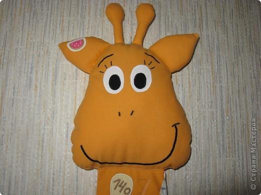 Вот такой жирафик для хранения детских подвигов получился... В высоту - 140 см, шкала от 70 до 140, хватит надолго))) фото 5