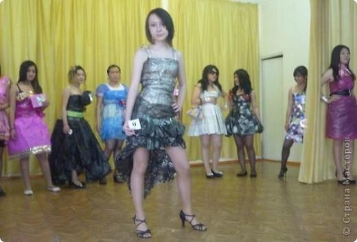 """В нашей школе было проведено внеклассное мероприятие по технологии: """"Театр моды из нетрадиционных материалов"""" фото 22"""