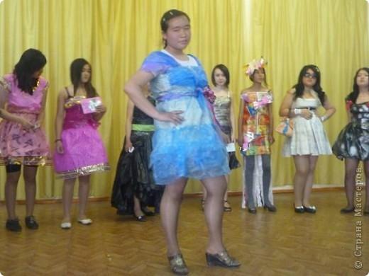"""В нашей школе было проведено внеклассное мероприятие по технологии: """"Театр моды из нетрадиционных материалов"""" фото 24"""
