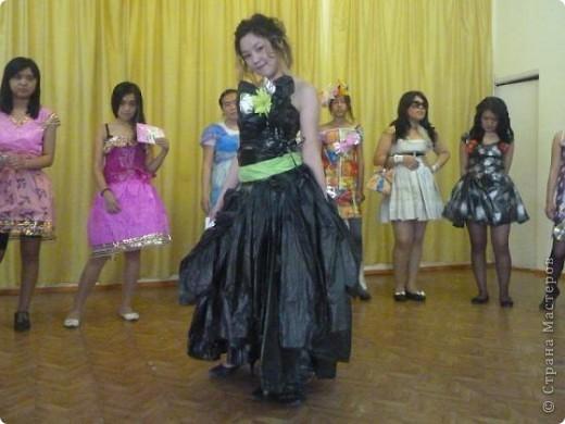 """В нашей школе было проведено внеклассное мероприятие по технологии: """"Театр моды из нетрадиционных материалов"""" фото 29"""