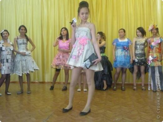 """В нашей школе было проведено внеклассное мероприятие по технологии: """"Театр моды из нетрадиционных материалов"""" фото 36"""