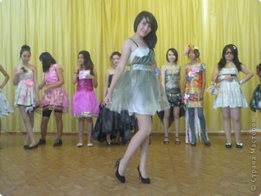 """В нашей школе было проведено внеклассное мероприятие по технологии: """"Театр моды из нетрадиционных материалов"""" фото 35"""