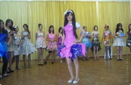 """В нашей школе было проведено внеклассное мероприятие по технологии: """"Театр моды из нетрадиционных материалов"""" фото 40"""