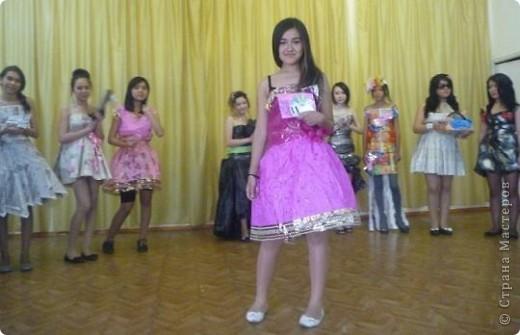 """В нашей школе было проведено внеклассное мероприятие по технологии: """"Театр моды из нетрадиционных материалов"""" фото 26"""