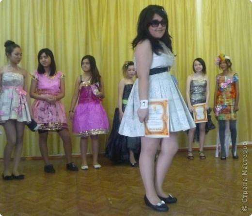 """В нашей школе было проведено внеклассное мероприятие по технологии: """"Театр моды из нетрадиционных материалов"""" фото 17"""