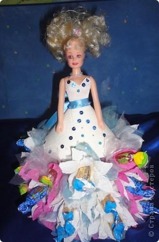 Для лучшей подружки Верники были сделаны вот такие подарки. Открытку и рамочку для фотографии Вероника делала сама, ну а от меня подарком была кукла в свит-дизайне. фото 9