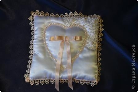 Вот таки свадебные подушечки получились у меня недавно  фото 4