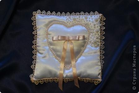 Вот таки свадебные подушечки получились у меня недавно  фото 5