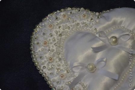 Вот таки свадебные подушечки получились у меня недавно  фото 2