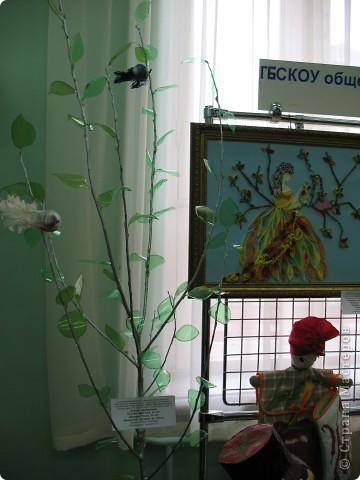 Нашла фотографии с очередной выставки, которая проходила в г. Краснодаре. Решила показать... Эта икона вышита ребятами на уроках по бисероплетению.  фото 7