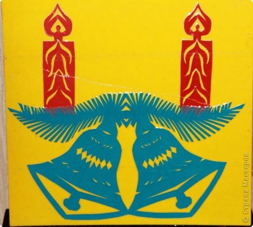 """Вытынанка (от украинского слова «витинати» - вырезать) – это один из видов декоративно-прикладного искусства, который основывается на изготовлении ажурных узоров, орнаментов, небольших картин из белой, черной или цветной бумаги.  Этот вид творчества существует с древних времен. Появилось оно первоначально в Китае, вскоре после того, как появилась бумага. По мере распространения в другие страны, это искусство менялось в соответствии с бытом и традициями народов.   Славянские народы вырезали символы-обереги из бумаги, декорировали аппликациями из кожи одежду, украшали деревянными резными вытынанками фасады домов, предметы быта или кухонную утварь. Простейшей вытынанкой являются снежинки, вырезанные из бумаги.  В этом блоге я решила выложить свои работы по вытынанке, выполненные в Беларуси, в санатории """"Жемчужина"""", где и освоила этот вид искусства. фото 1"""