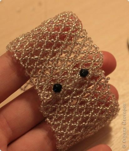 Спасибо, Дашка, твой браслет http://stranamasterov.ru/node/320083  вдохновил меня! Выполнялся сеткой. Схема http://biser.info/node/184999 фото 3