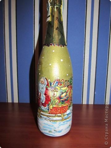 И еще немного новогодних бутылок. фото 2