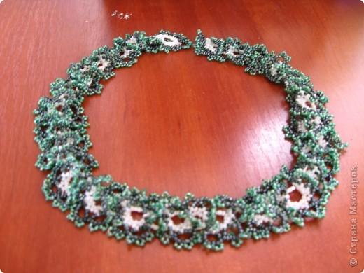 Колье легко в плетении и очень эффектно смотрится... Плела по МК http://salonbisera.ru/500sxemi-ogalala.html фото 1