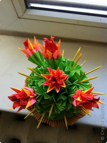 Вот такая красота получилась. Первоисточник http://stranamasterov.ru/node/86753?tid=451%2C328  Немного другой сделала горшочек, очень красивые получились цветы у кактуса. фото 2