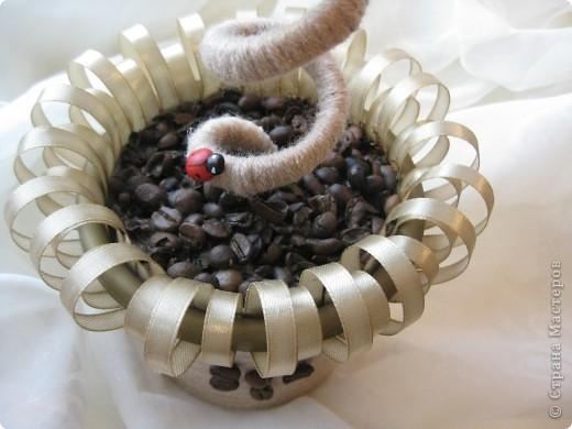 Доброе время суток, всем жителям прекрасной СМ. Я к вам с топиарием в виде кофейного цветочка!!! фото 7