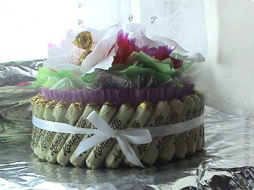 Это мой первый тортик. Делала на день рождение сотруднице. Спасибо нашим мастерицам за идеи. фото 1