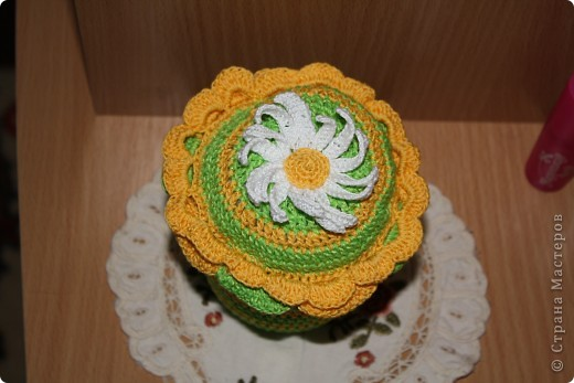 вот такую прелесть связала для одной любительницы шить. фото 2