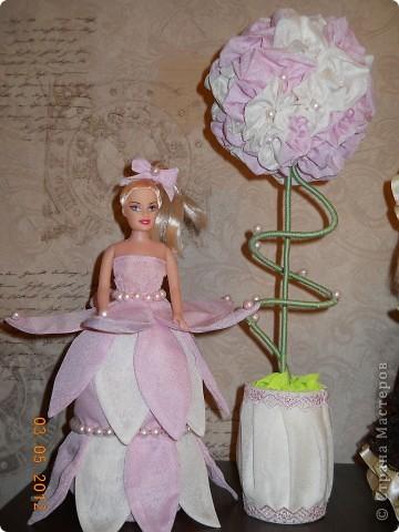 А это самое мое крайнее (как говорит муж))))) творение, куколку заказала сотрудница для своей дочери на день рождение. и у меня родилась идея сделать ей самой подарок на её день рождение, и получилось вот такое деревцо. Спасибо мастерам СМ, ссылочки к сожалению не помню  фото 7