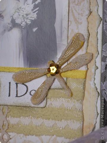 """В очередной раз делала открытку по заданию(теперь делаю это все чаще и пока мне это очень нравится)...нужно было сыграть свадьбу в любом цвете кроме белого...цветные свадьбы дело модное и современное, а мне стало очень любопытно-имели ли место цветные свадьбы во времена,которые подарили нам замечательный и всеми любимый винтаж? Ответ подсказала найденная случайно фотография...на ней невеста в нежно желтом платьице( вопреки приметам, желтый цвет на свадьбе-к богатству)...ну вот от этой """"печки"""" я и сплясала...приглашаю всех посмотреть... фото 3"""