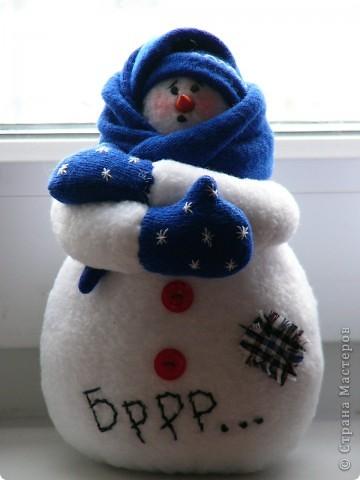 К прошлому Новому году пошились вот такие снеговички. фото 2