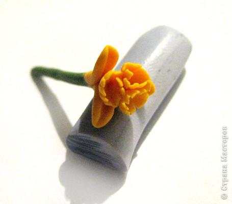 Дорогие жители СМ, поздравляю Всех с праздником! У нас в мае цветут крокусы, такие красивые и нежные... Вот и захотелось сделать украшение с ними. фото 9
