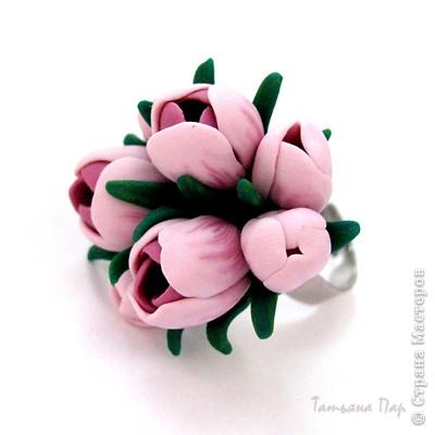 Дорогие жители СМ, поздравляю Всех с праздником! У нас в мае цветут крокусы, такие красивые и нежные... Вот и захотелось сделать украшение с ними. фото 22