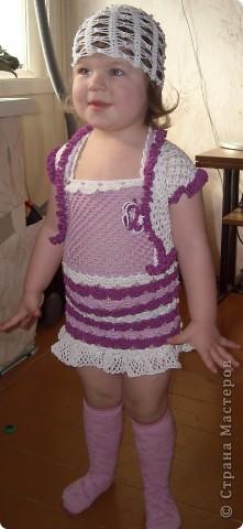 Платье для моей доченьки Софьи, вязала нитками Нарцисс(очень их люблю) ушло 2 мотка, крючок 2,5 фото 3