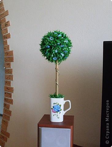 Сделала это деревце потому, что очень хотела задействовать кружку, форма у нее интересная) фото 1