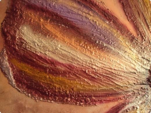Размер 120 Х 120 см. Фанера толщиной 10мм; рамка - раскладка так называемая, планки, проще говоря; цветок - шпаклевка; сердцевина цветка - камешки; краски аэрозольные. фото 3