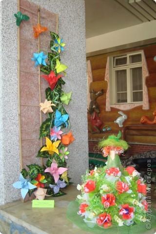 Здравствуйте ВСЕ!!!В нашем детском саду проходила выставка цветов.Хочу показать несколько работ,может,кто-то посмотрит. фото 5