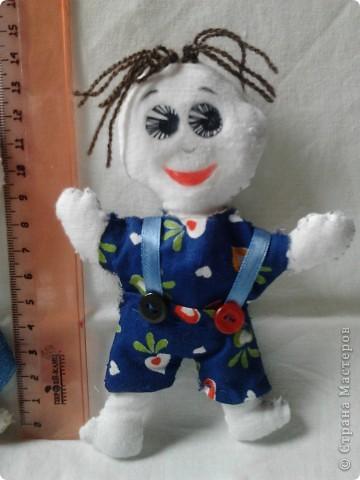 Ну здравствуйте!!! Это мои куклы-обереги Маша и Саша. Их я вычитала в одной книжке по шитью и решила сделать. фото 3