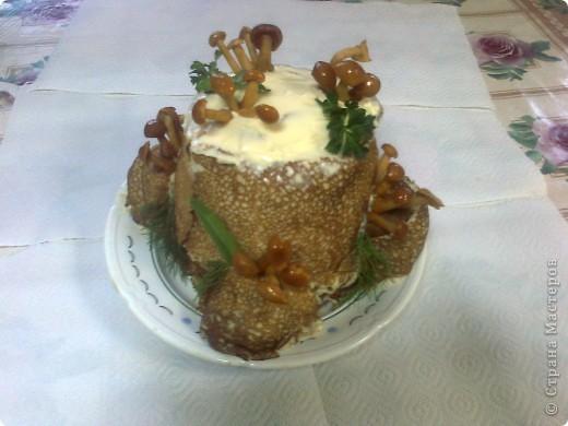Вот такой салат по МК http://stranamasterov.ru/node/354194?c=favorite сделала дочке на ДР. Очень красиво, а вкуснооооо! фото 1