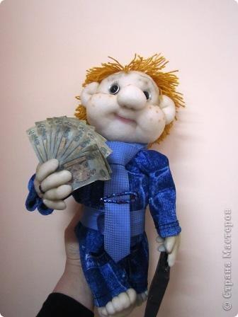 """Такую куклу мы сделали на конкурс """" Налоги глазами детей"""" и заняли 1 место фото 1"""
